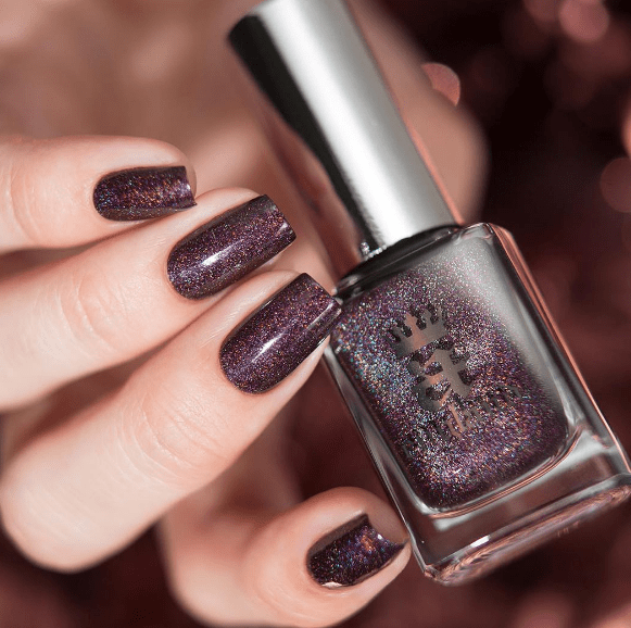 Esmalte A-England In Robe and Crown na internet
