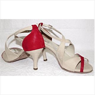 d678de3fca Sapatos e Sandálias de dança de salão em 4x sem juros: 34 | Filtrado por  Mais Vendidos