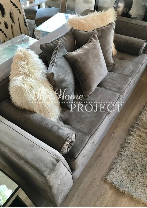 SOFA MILANO CON VIVO - The Home Project