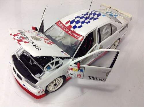 Bmw 320i Stw #5 Ut Models 1/18 - B Collection