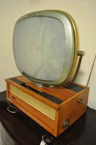 Tv Philco Predicta Anos 50 na internet