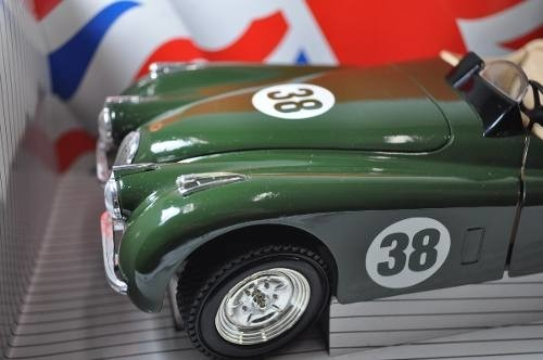 Jaguar Xk 120 1948 Ertl 1/18 - B Collection