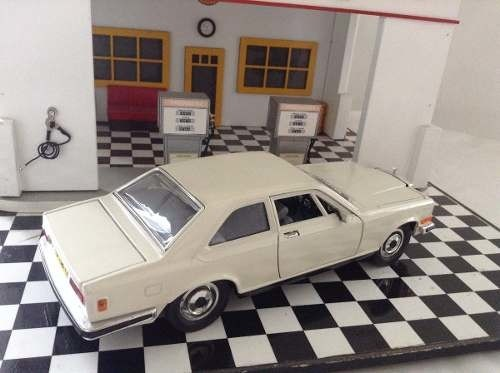 Rolls Royce Camargue Burago - B Collection