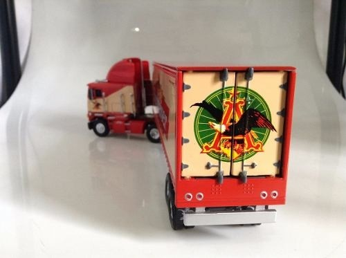 Freightliner Coe  Budweiser  Matchbox Collectibles na internet