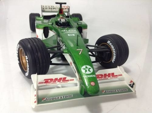 Jaguar R1 Eddie Irvine Hot Wheels 1/18 Autografada na internet