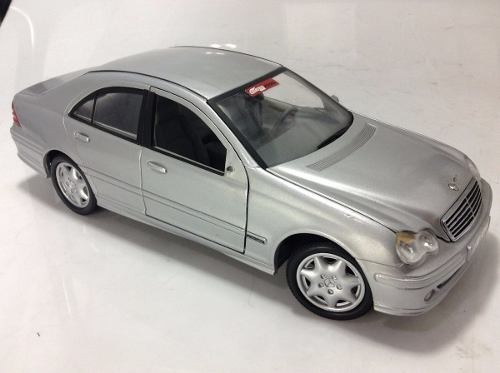 Mercedes Benz C Class 2000 - B Collection