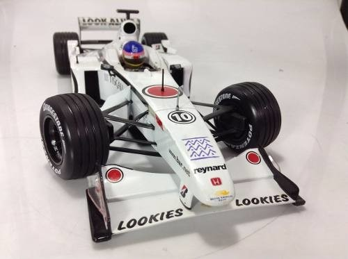 Bar 03 Jacques Villeneuve Minichamps 1/18 - comprar online