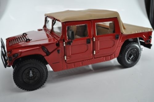 Hummer H1 Exoto 1/18 - B Collection