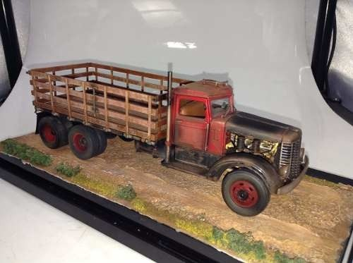 Imagem do Peterbilt Stake Body Truck 1939 Franklin Mint 1/32