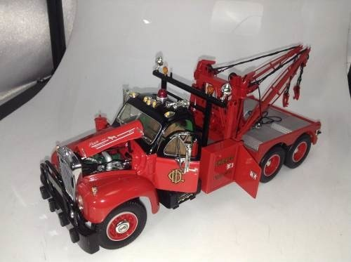 Mack B61 1960 Tow Truck First Gear 1/25 - B Collection