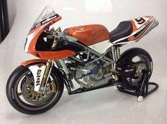 Ducati 998r Chris Walker Minichamps 1/12 - loja online