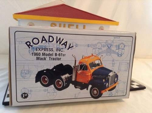 Imagem do Mack Model B-61st 1960 First Gear 1/25