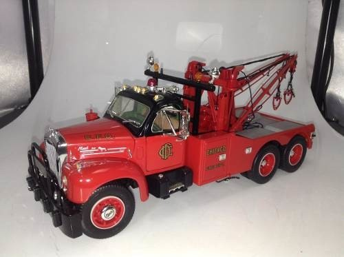 Mack B61 1960 Tow Truck First Gear 1/25