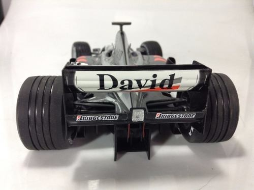 Mclaren Mp4/15 D.coulthard Minichamps 1/18 na internet