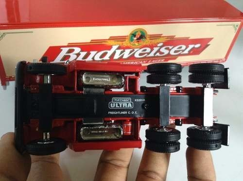 Imagem do Freightliner Coe  Budweiser  Matchbox Collectibles