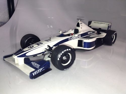 Williams Launch Car 2000 Schumacher Minichamps 1/18