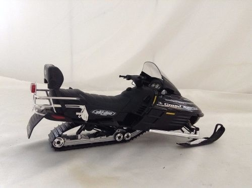 Ski-doo Bombardier Grand Touring Se 2000 Gate 1/12 na internet