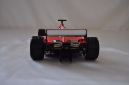 Ferrari F2001 Rain Tires Schumacher Hot Wheels 1/18 na internet
