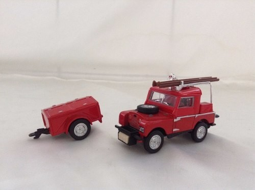 Land Rover Auxiliary Matchbox Collectibles 1/43 - loja online