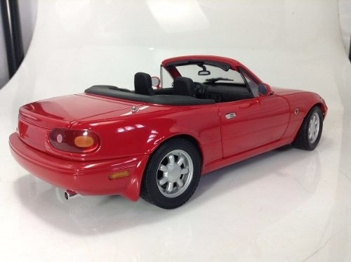 Mazda Mx5 Miata Gate 1/18 - B Collection