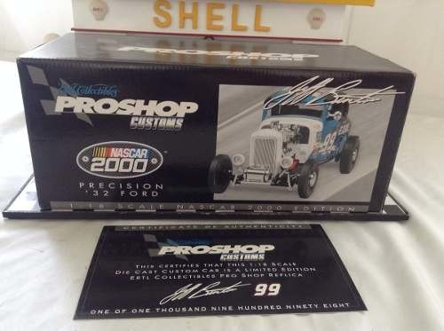 Imagem do Ford 1932 Proshop Customs Ertl Collectibles 1/18