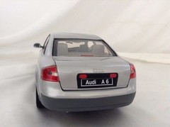 Audi A6 - Check Mate 1/18 na internet