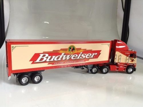 Freightliner Coe  Budweiser  Matchbox Collectibles - B Collection