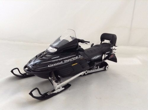 Ski-doo Bombardier Grand Touring Se 2000 Gate 1/12 - B Collection