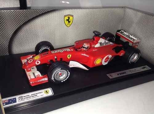 Ferrari F2001 Schumacher Hot Wheels 1/18
