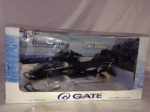Imagem do Ski-doo Bombardier Grand Touring Se 2000 Gate 1/12