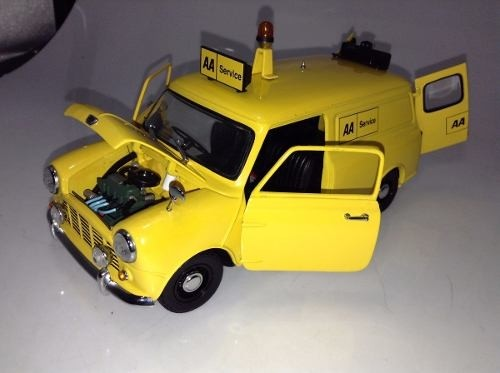 Mini Cooper Van 1964 Kyosho 1/18 - B Collection