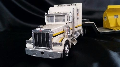 Peterbilt 379 Caterpilar New Ray 1/32 - comprar online