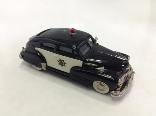 Chevrolet Aero Sedan 1948 Police Brooklin Models 1/43 - loja online