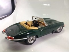 Jaguar E Type 1961 Burago 1/18 - B Collection