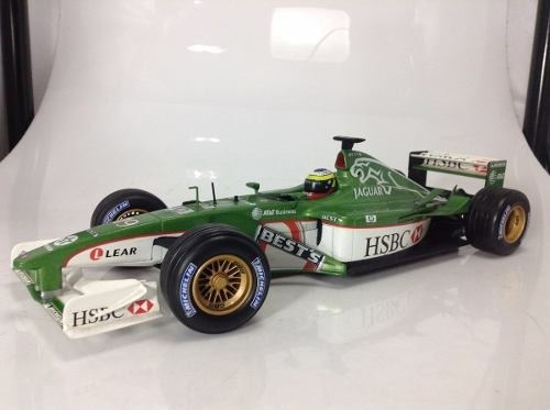 Jaguar R2 Pedro De La Rosa Hot Wheels 1/18