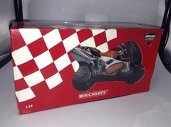 Imagem do Ducati 998r Chris Walker Minichamps 1/12