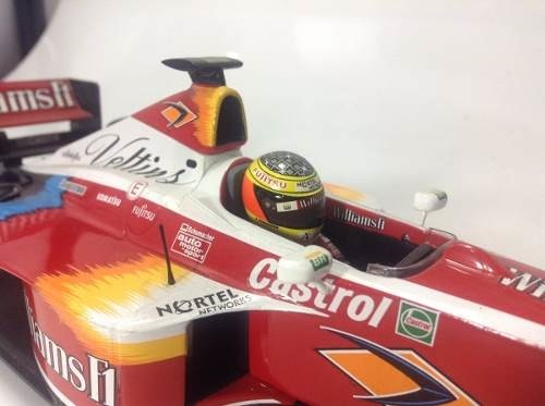 Williams Fw21 Ralf Schumacher Minichamps 1/18 - loja online