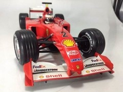 Ferrari F2001 Barrichello Hot Wheels 1/18 - comprar online