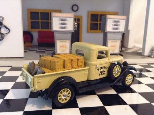 International C Series 1934 Matchbox 1/43 - B Collection