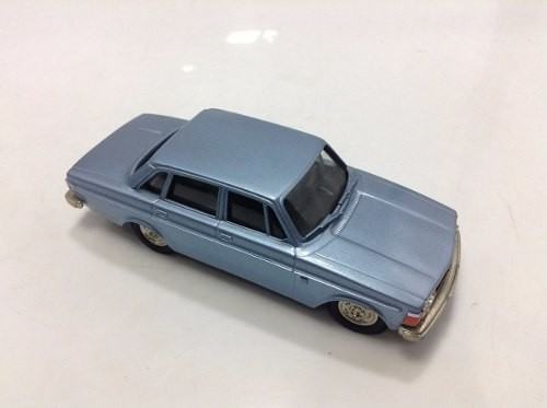 Volvo Grand Luxe 144 1973 Brooklin Models 1/43 - loja online