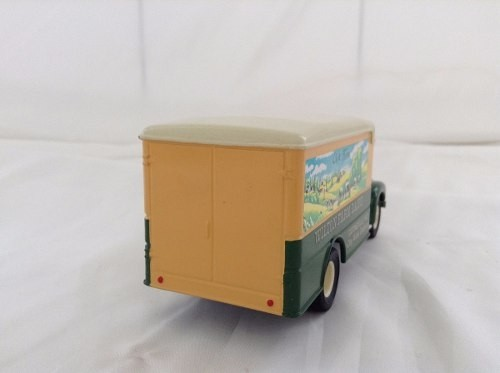 Mack B Series Van Wilton Farm Corgi 1/50 na internet