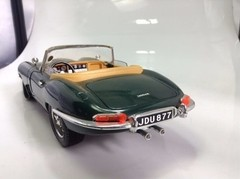 Jaguar E Type 1961 Burago 1/18 na internet