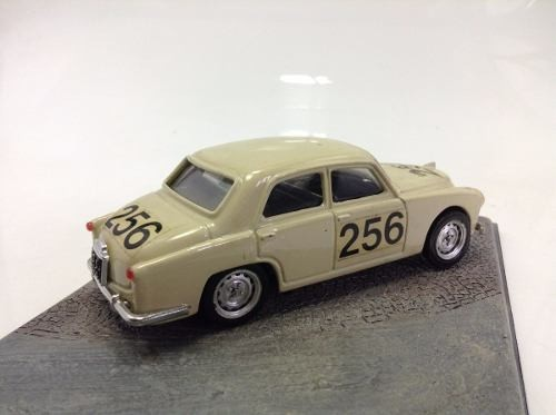 Alfa Romeo 1900 1959 #256 Brumm 1/43 - B Collection
