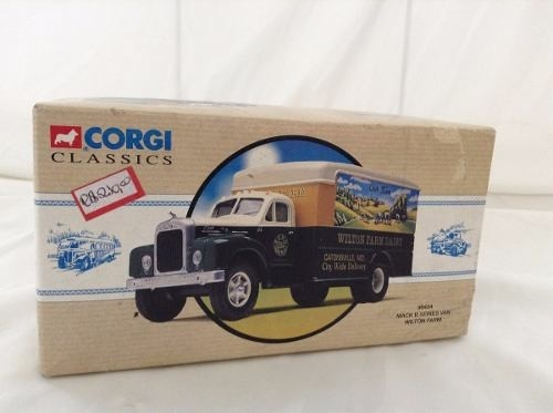 Imagem do Mack B Series Van Wilton Farm Corgi 1/50