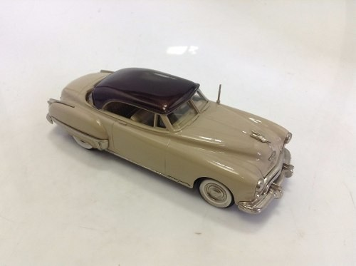 Oldsmobile 98 Holiday 1949 Brooklin Models 1/43 - loja online