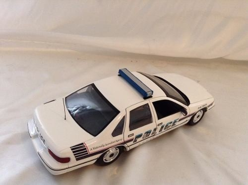 Imagem do Chevrolet Caprice Asheville Police Car Ut 1/18