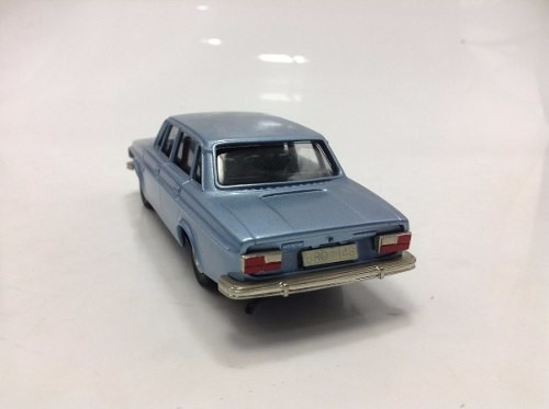 Volvo Grand Luxe 144 1973 Brooklin Models 1/43 na internet