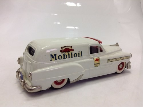 Pontiac Sedan Delivery 1953 Mobil Oil Brooklin Models 1/43 - B Collection