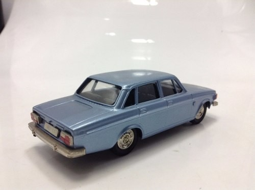 Volvo Grand Luxe 144 1973 Brooklin Models 1/43 - B Collection