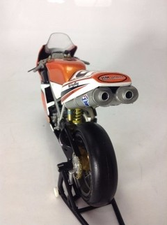 Ducati 998r Chris Walker Minichamps 1/12 na internet